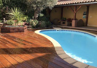 terrasse de piscine en bois exotique à albi
